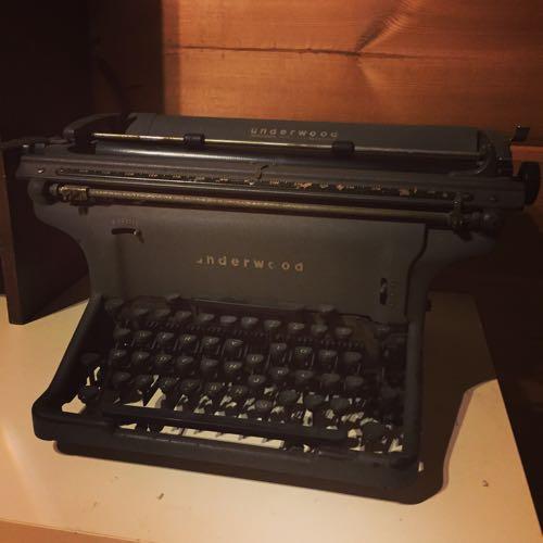 祖母が使っていた古いタイプライター