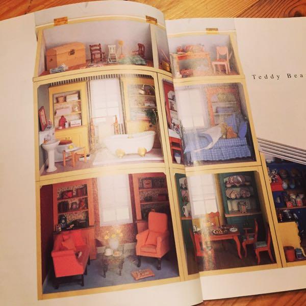 「テディベアのドールハウス」の1ページ